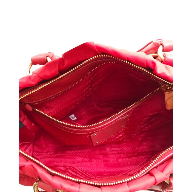 62753052e530 amazon prada tessuto gaufre totes pink red e848c 32cc4