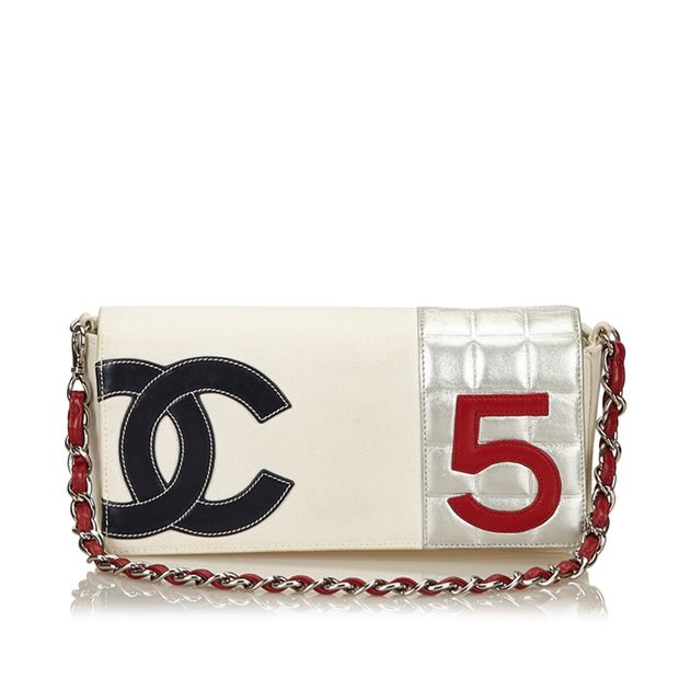 5 Chain Bag CHANEL No. 5 Chain Bag zoomed e2e3f8e06e