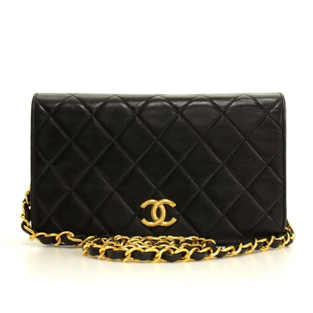 c76d0d3c4b5e04 Black Quilted Leather Shoulder Flap Mini Bag by CHANEL ...