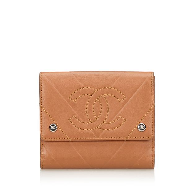 280fadba3375 Leather Small Wallet by CHANEL | StyleTribute.com