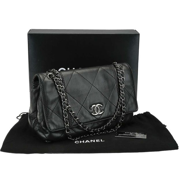 2ec135020715 CHANEL Chanel Black Quilted Lambskin Leather Soft Touch Flap Bag 1 thumbnail