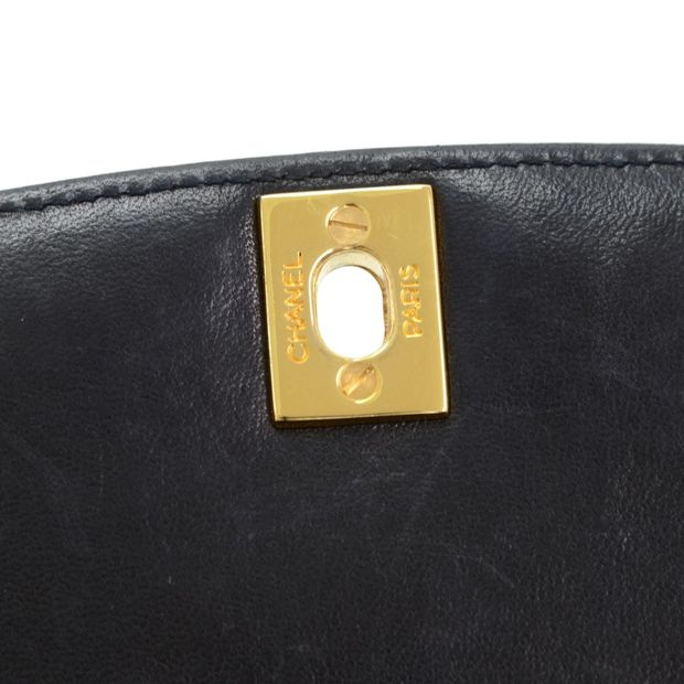 aedaacf7336fd0 CHANEL Vintage 10 Diana Classic Black Quilted Leather Shoulder Flap Bag 9  thumbnail