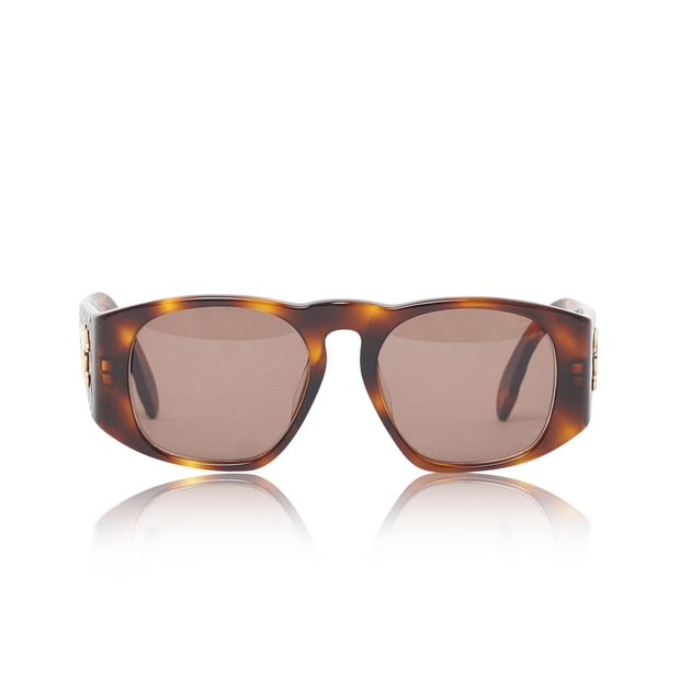 e496d6c67e6e Vintage tortoiseshell quilted arm sunglasses by CHANEL ...