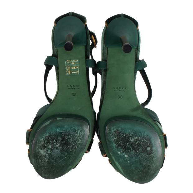377f3e0b1 Green Velvet Sandals by GUCCI | StyleTribute.com