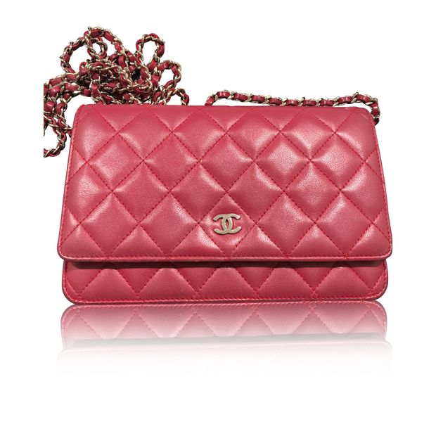 2d28343c21723f Chanel Wallet on chain by CHANEL | StyleTribute.com