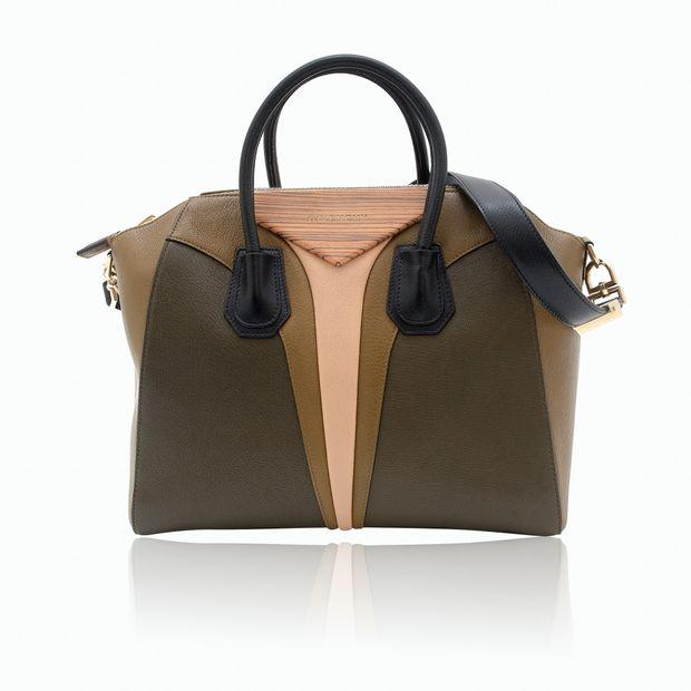 501b29c12d Antigona Medium Tricolour Bag by GIVENCHY   StyleTribute.com