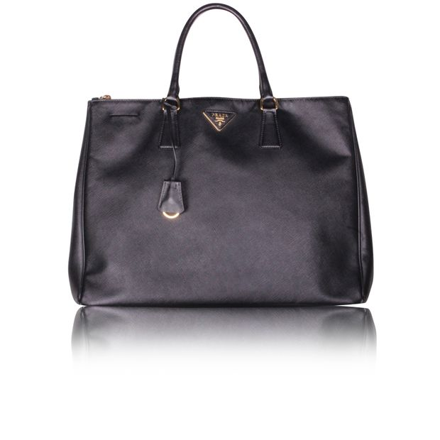 7c2a27b4fcbc22 Black Saffiano Lux Tote Bag by PRADA | StyleTribute.com