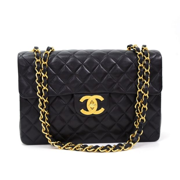 f93a9d6429fe6 Maxi Jumbo Black Quilted Leather Shoulder Flap Bag by CHANEL ...