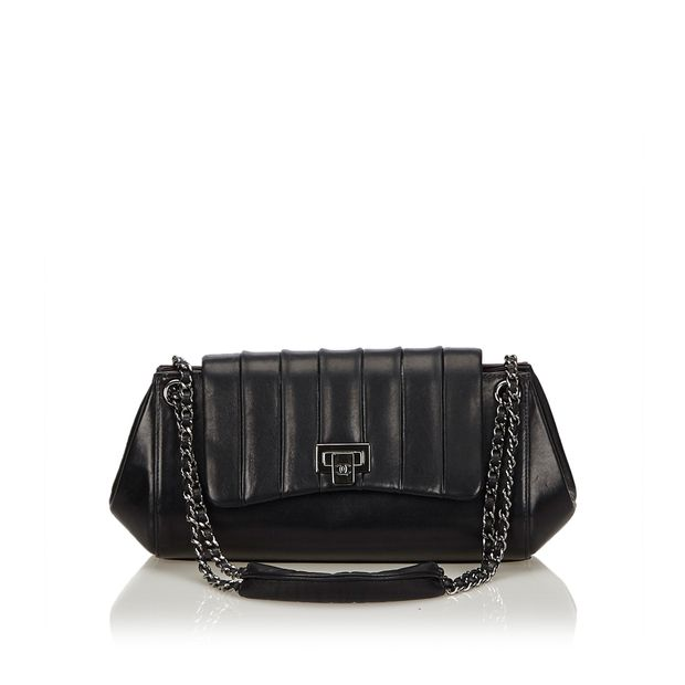 d7863c0ac168 Mademoiselle Ligne Flap Bag by CHANEL | StyleTribute.com