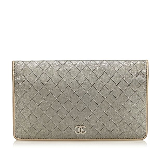 bb4583937c3c Matelasse Leather Wallet by CHANEL | StyleTribute.com