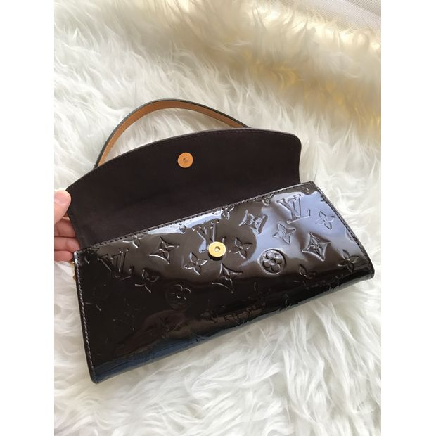 8fa9516bd2ab8 LOUIS VUITTON Sunset Boulevard Vernis Clutch 2 thumbnail