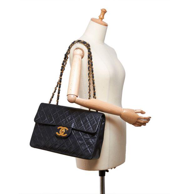3243df04d6e2b1 Classic Maxi Lambskin Single Flap Bag by CHANEL | StyleTribute.com