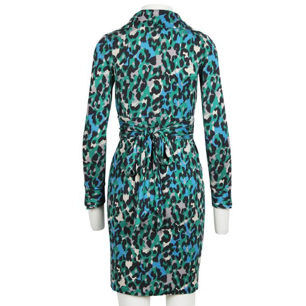 d407ecbc3903 DIANE VON FURSTENBERG Vintage Judy Wrap Dress With Leopard Print 3 thumbnail