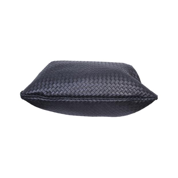 cf93fbe37e BOTTEGA VENETA Black Intrecciato Shoulder Bag BOTTEGA VENETA Black  Intrecciato Shoulder Bag zoomed