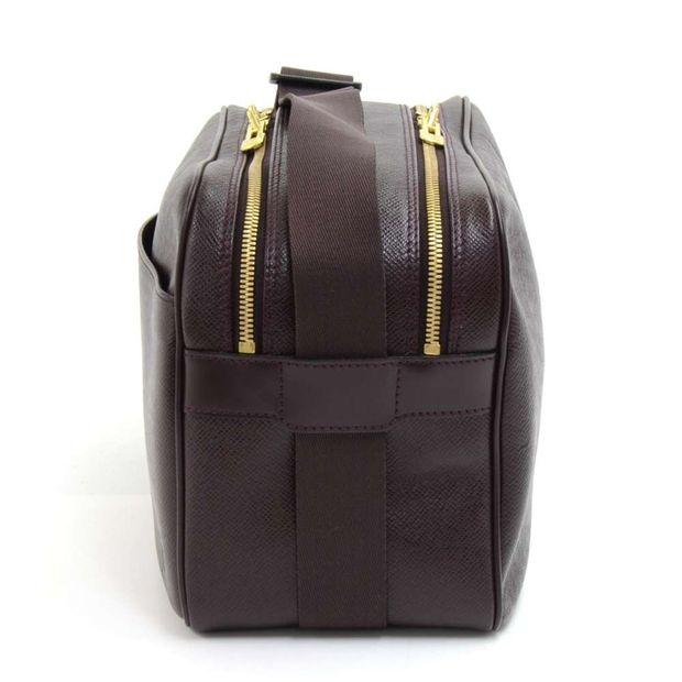 570f0c32540 LOUIS VUITTON Louis Vuitton Reporter PM Burgundy Taiga Leather Shoulder Bag  3 thumbnail