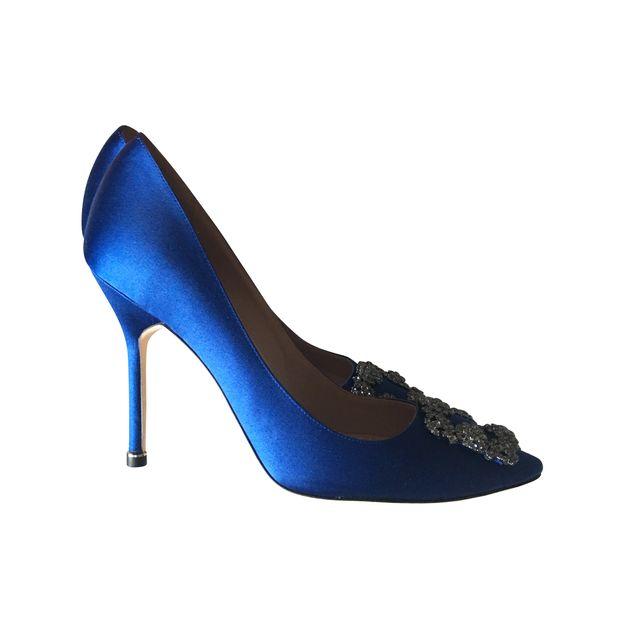 15d117c4442fa3 Hangisi 105 Royal Blue Satin Pumps by MANOLO BLAHNIK