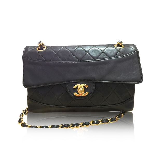 4912a877bb982d Chanel Vintage Single Flap Bag by CHANEL | StyleTribute.com