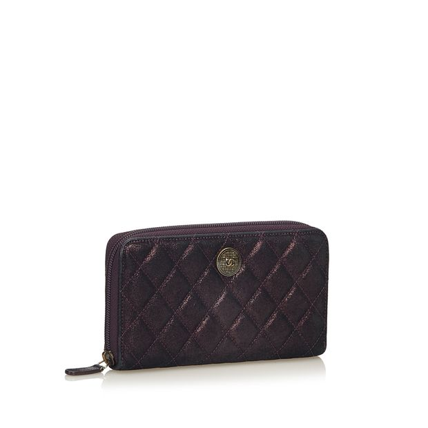 fc4e69df64b3 Matelasse Leather Long Wallet by CHANEL | StyleTribute.com