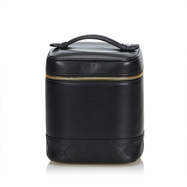 75acb309c77b Lambskin Leather Vanity Case by CHANEL | StyleTribute.com