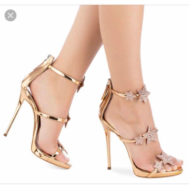 e10312d7071 Giuseppe Zanotti Rose Gold Harmony Star Sandals