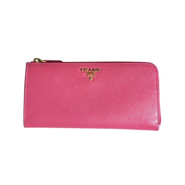 5e565397b26fb2 Peonia Saffiano Metal Wallet by PRADA | StyleTribute.com