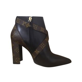 09a5ba11aaa LOUIS VUITTON Matchmake Ankle Boots