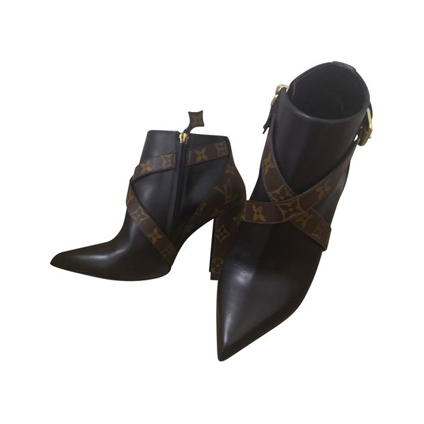786ed8039b Matchmake Ankle Boots